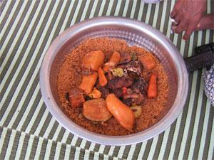 Thieboudienne, Reis mit Fisch und Gemüse