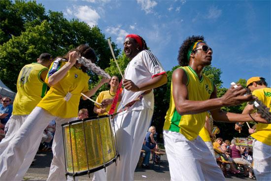 Sambatänzer auf dem Umweltfestival