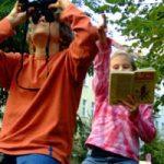 Kinder beim Beobachten © St. Förster