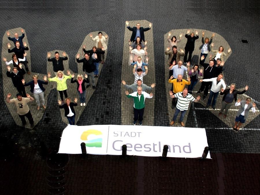 Gemeinsam - Nachhaltig - Innovativ: Stadt Geestland erhält ZeitzeicheN-Preis