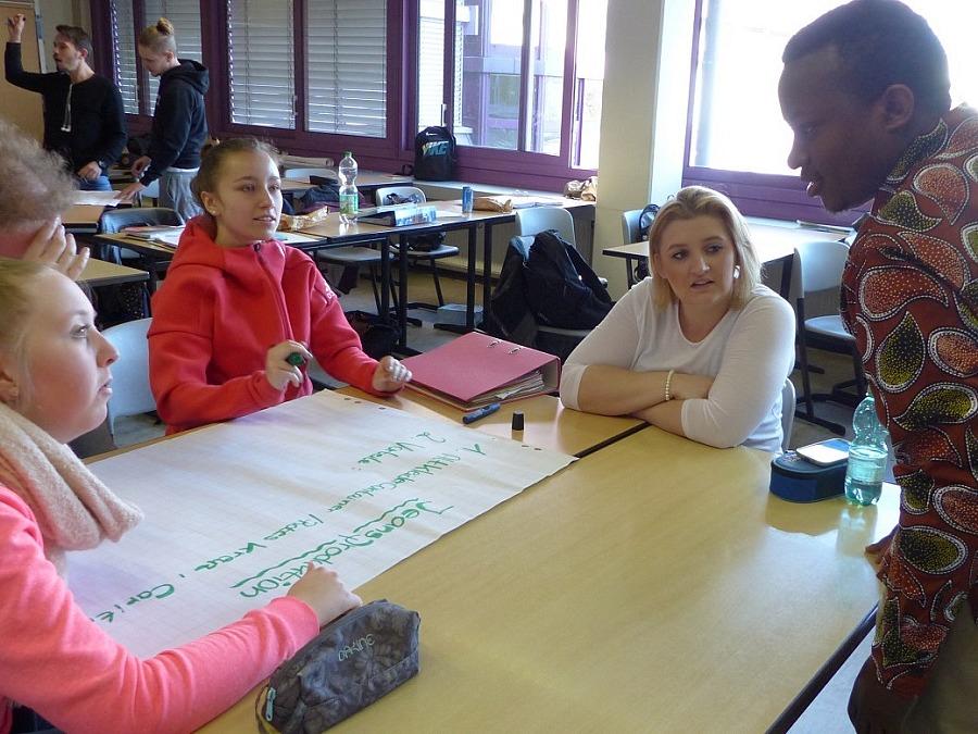 World University Service aus Wiesbaden erhält Nachhaltigkeitspreis ZeitzeicheN